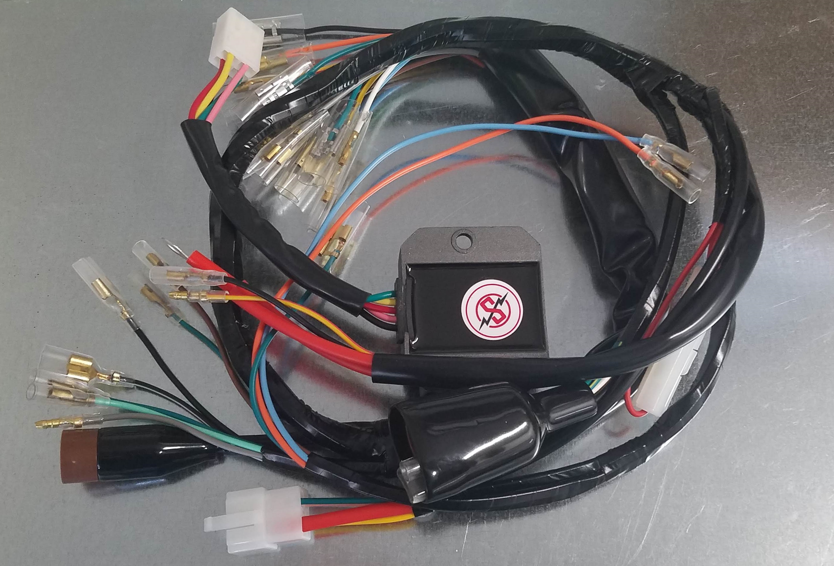 Harnesses and Wiring - Sparck Moto